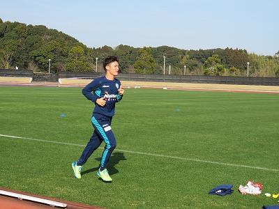【広報ブログ】 宮崎キャンプ 5日目 亀川選手おかえりなさい!